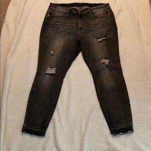 Judy Blue Gray Distressed Skinny Jean